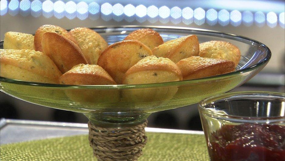 madeleine-de-polenta-a-l-huile-d-olive-thym-frais-6766339
