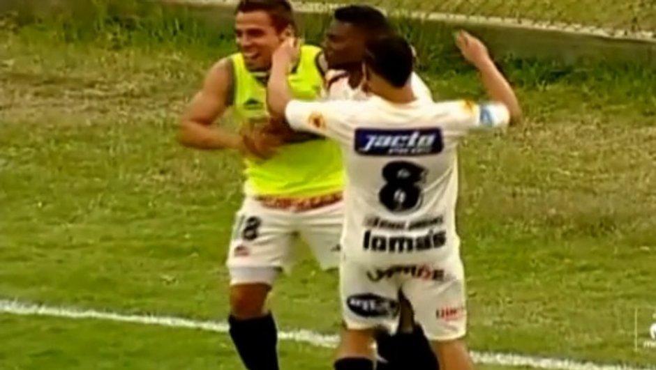 VIDEO #Boulette : comment donner un but à l'adversaire