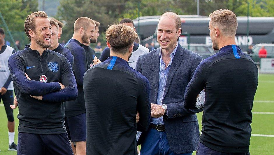 Suède - Angleterre : le prince William félicite les Three Lions après leur victoire