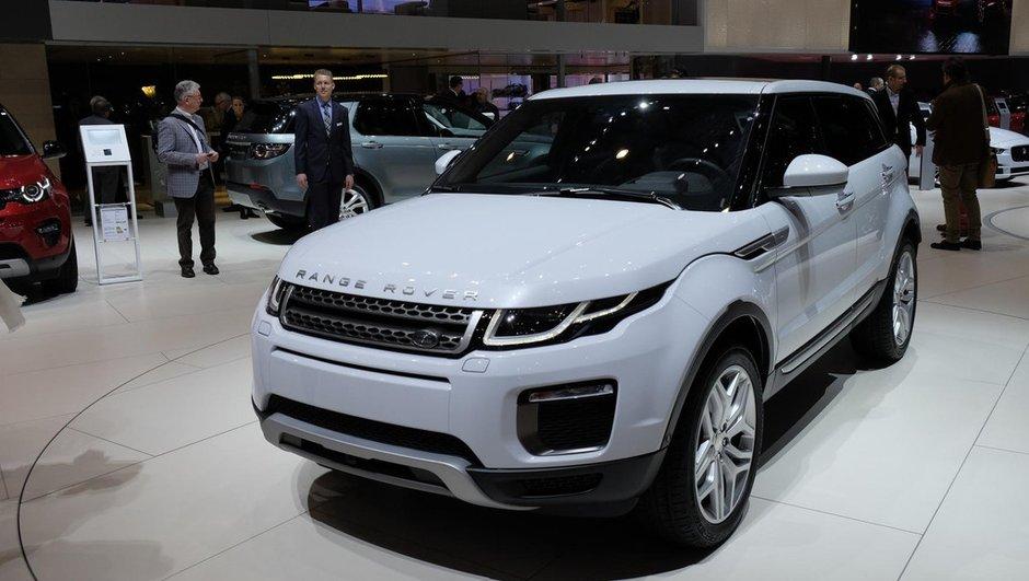Salon de Genève 2015 : Le Range Rover Evoque restylé fait les yeux doux