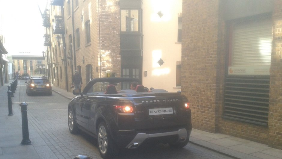 scoop-range-rover-evoque-cabriolet-deja-rue-4677618