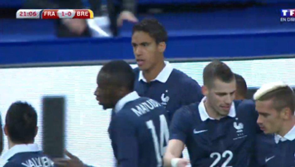 France-Brésil - VIDEO : Varane ouvre le score pour les Bleus (21e, 1-0)