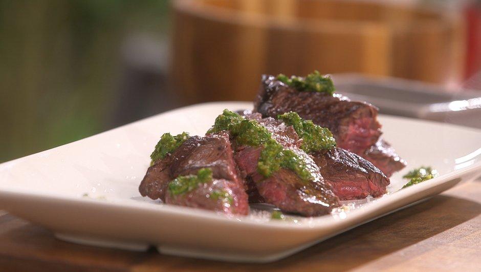 Onglet de bœuf sauce chimichurri