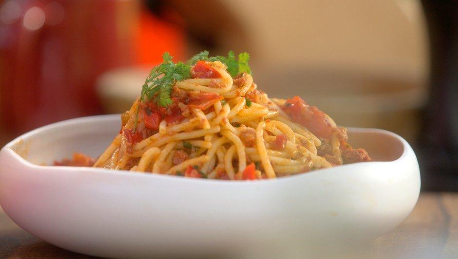 spaghetti-sauce-bologuez-3016836
