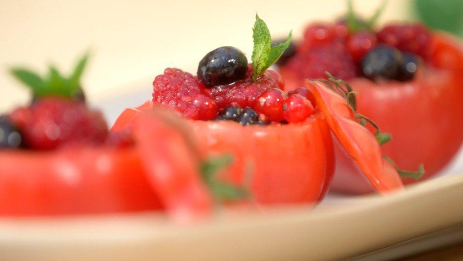 Tomate farcie aux fruits rouges