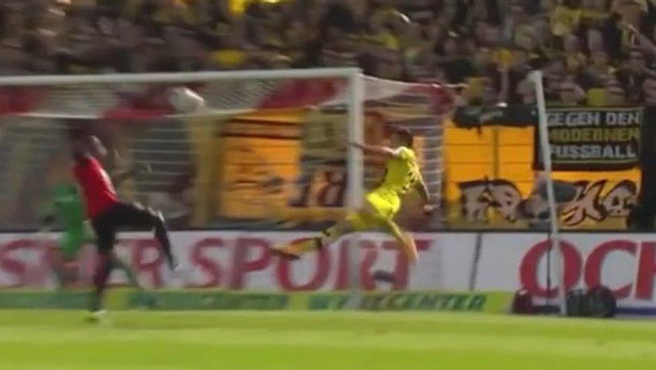VIDEO #ButDeOuf : ciseau retourné de Renato Steffen