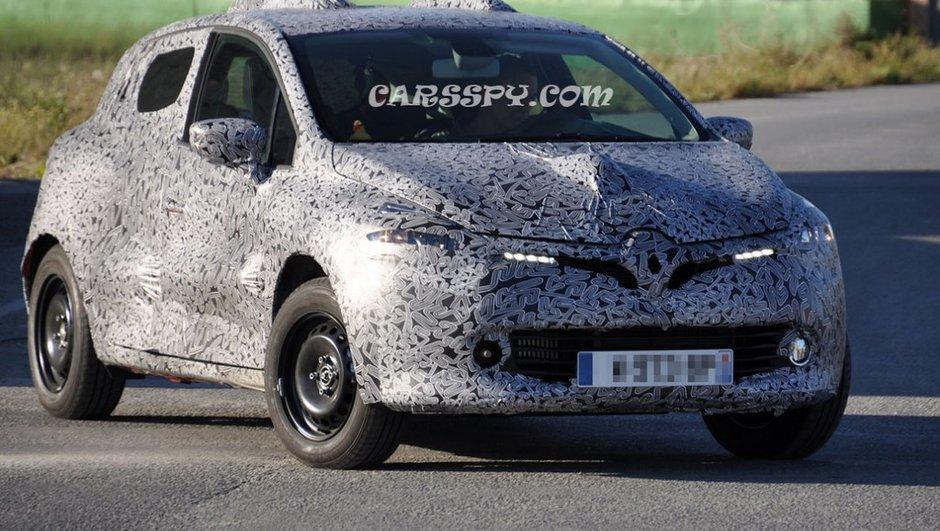 Renault Clio 2012 : nouvelles photos espions et intérieur