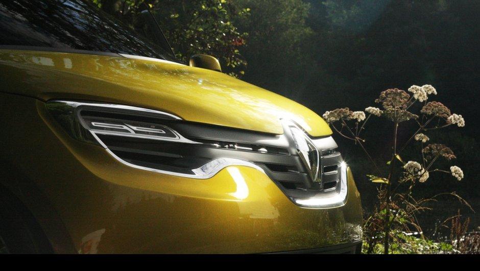renault-debutera-l-aventure-hybride-2017-0808211
