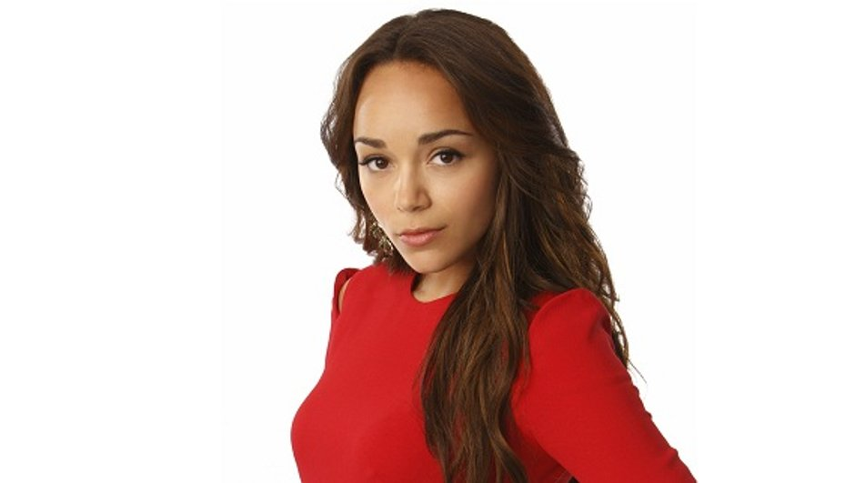 Revenge : Qui es-tu Ashley Davenport ? (Ashley Madekwe)