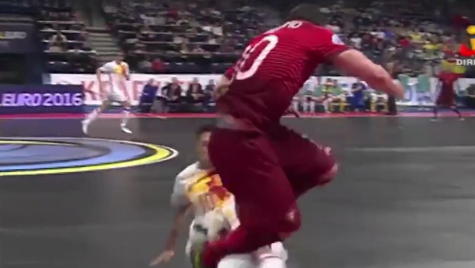 Vidéo insolite : L'incroyable but de Ricardinho à l'Euro de futsal