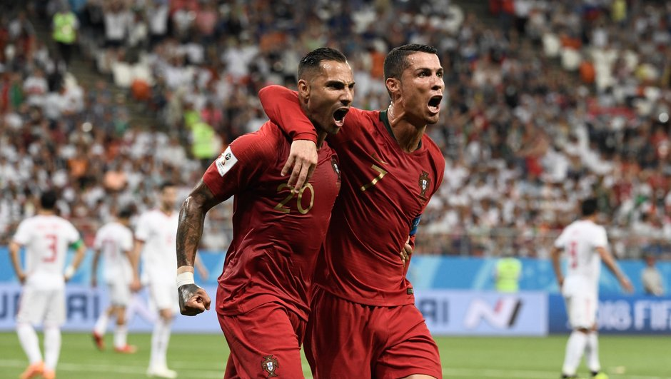resultat-match-iran-portugal-1-1-groupe-b-resume-un-coup-d-oeil-buts-ricardo-quaresma-penalty-rate-cristiano-ronaldo-var-arbitrage-video-7122836