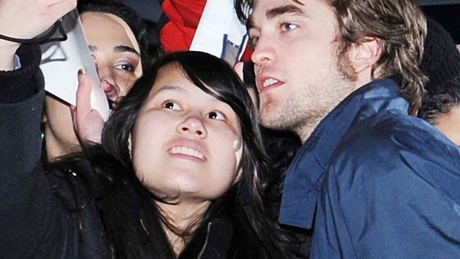 Robert Pattinson échappe à une fan grâce à la police