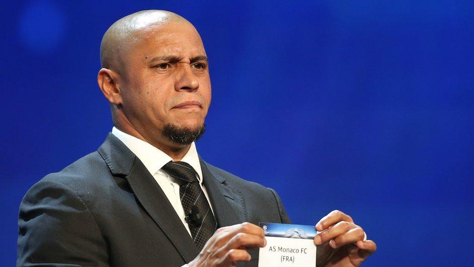 Ligue des Champions : Roberto Carlos a-t-il triché durant le tirage au sort ?