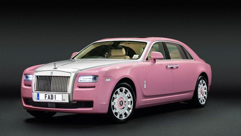 Insolite : une Rolls-Royce rose pour la bonne cause