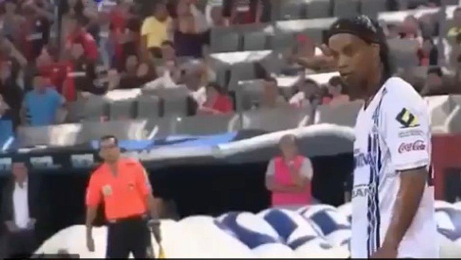 VIDEO Technique : un coup franc signé Ronaldinho
