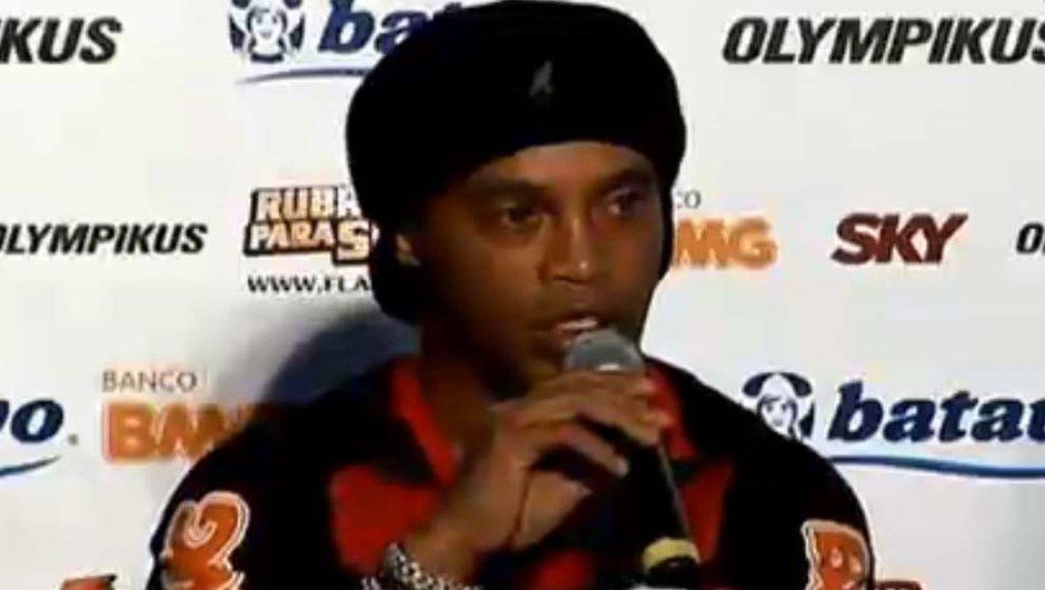 Ronaldinho gagne son 1er trophée avec Flamengo