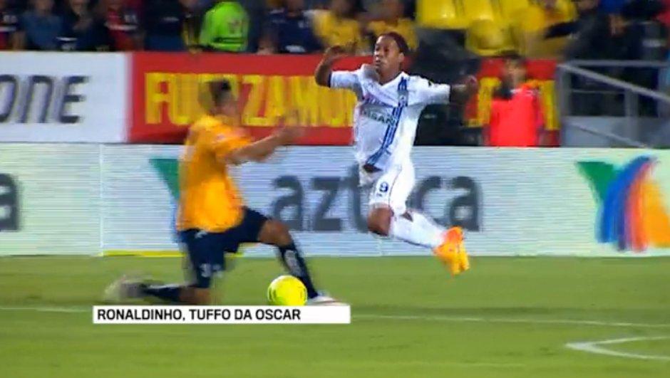 Vidéo insolite : L'incroyable simulation grossière de Ronaldinho