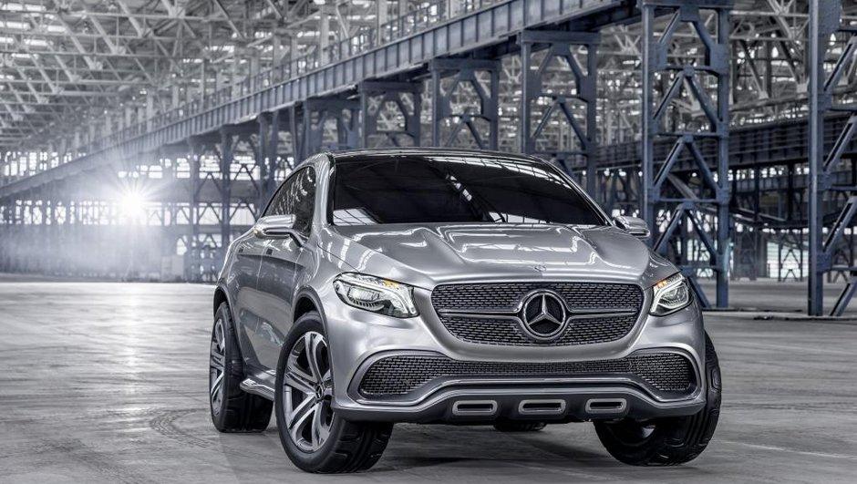Le Mercedes ML renommé GLE, le crossover baptisé GLR ?
