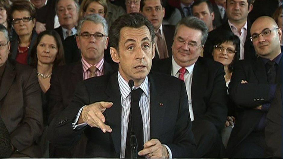 Nicolas Sarkozy défend le plan de soutien européen à l'automobile