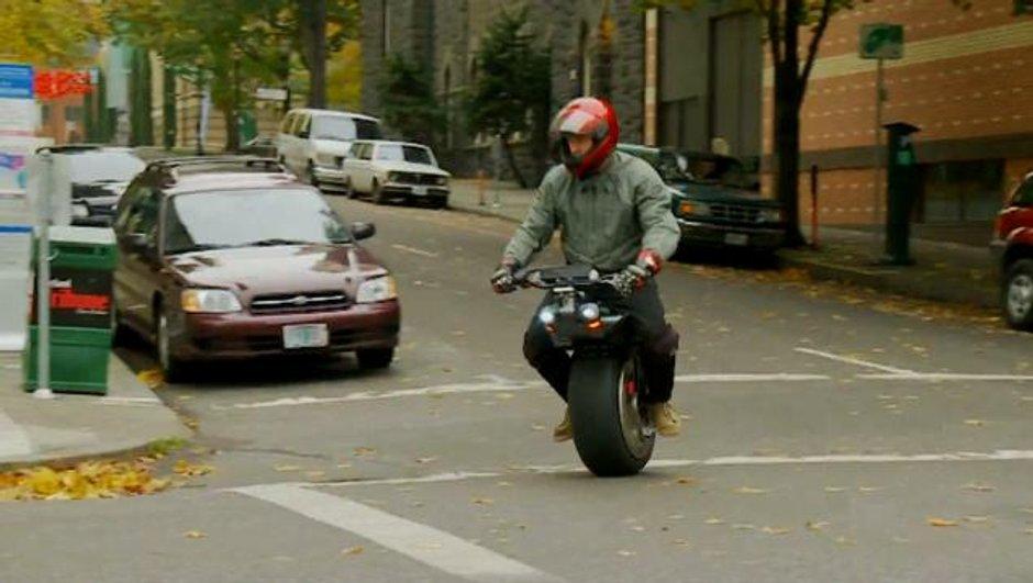 Insolite : Un scooter électrique...à une roue !