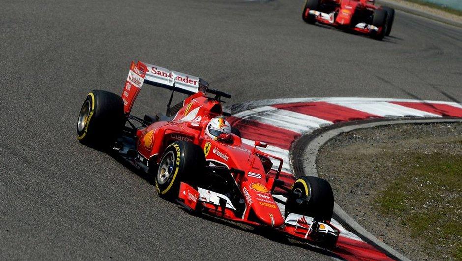 f1-gp-bahrein-2015-hamilton-un-souffle-devant-vettel-aux-essais-3-9721975