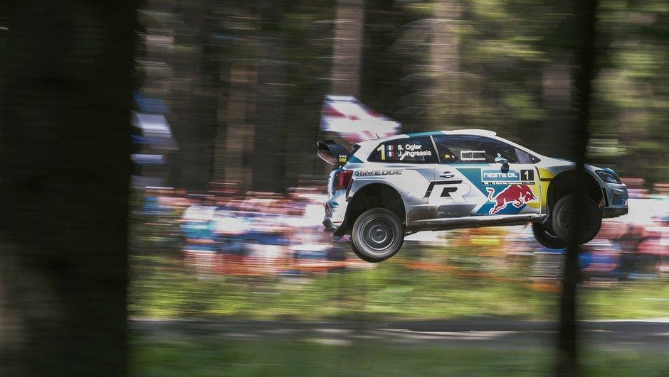 wrc-rallye-de-finlande-2014-latvala-resiste-retour-d-ogier-3043329
