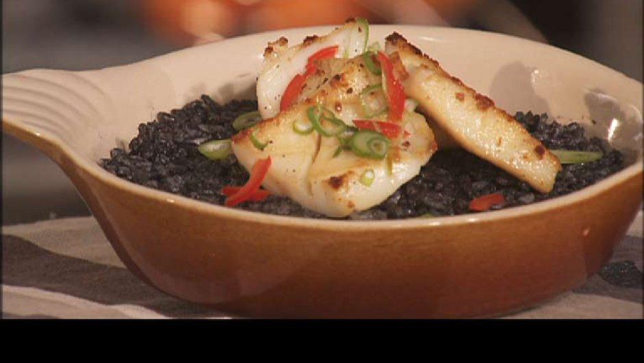 Paella de seiche au riz noir