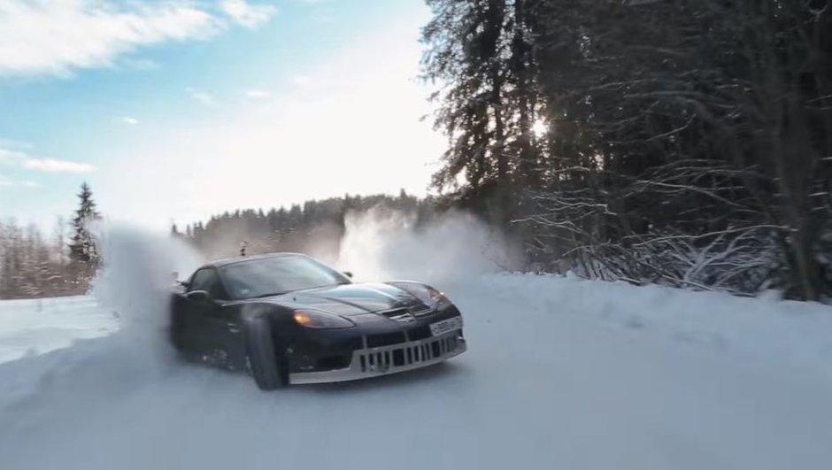 Le Ken Block russe drifte sur la neige au volant d'une Corvette Z06
