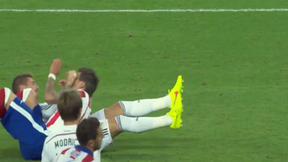 Supercoupe : Sergio Ramos donne un coup de poing en plein visage à Mario Mandzukic