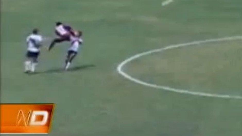 video-insolite-un-peruvien-zlatane-adversaire-7142319