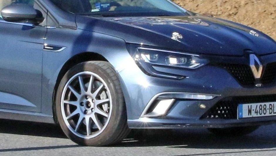 Scoop : premières images de la Renault Mégane R.S.2017