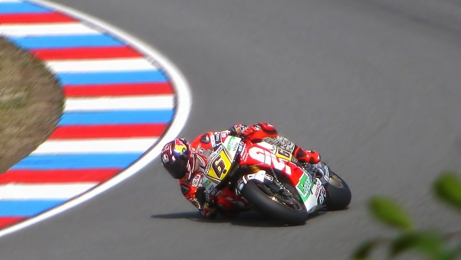 Stefan Bradl rejoint Honda en Superbike