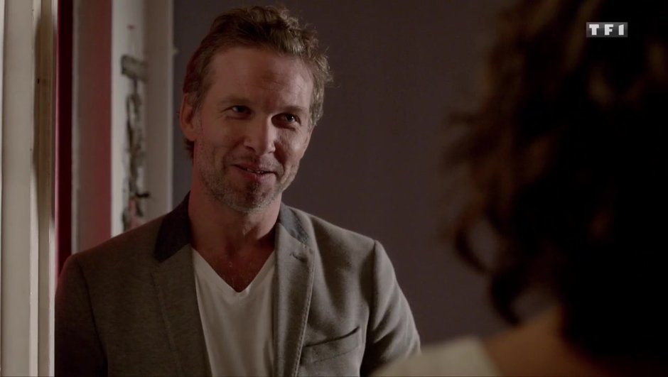 Qui est Stéphane, le médecin célibataire de Clem ?