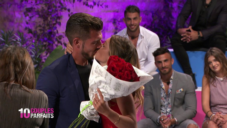REPLAY - 10 Couples Parfaits : Julie veut quitter Antoine, Enzo (re)séduit Marine… (Episode 25)