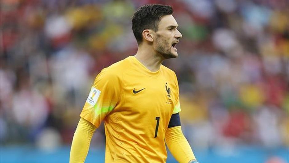 Vidéo : Hugo Lloris s'est-il blessé juste avant le but d'Eder en finale de l'Euro ?