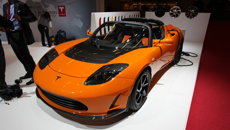 Mondial de l'Auto 2010 : Tesla, la voiture sportive électrique par excellence