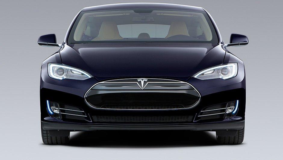Tesla Model 3 : la future berline officiellement nommée