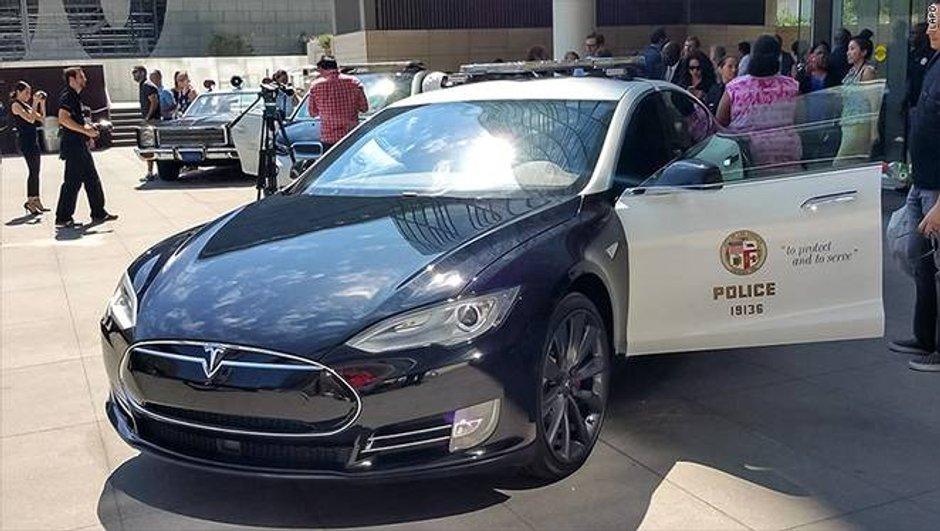 BMW i3 et Tesla Model S P85D: nouveaux joujoux de la police de L.A.
