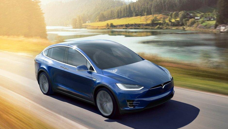 Voiture autonome : Tesla débauche un ingénieur clé d'Apple
