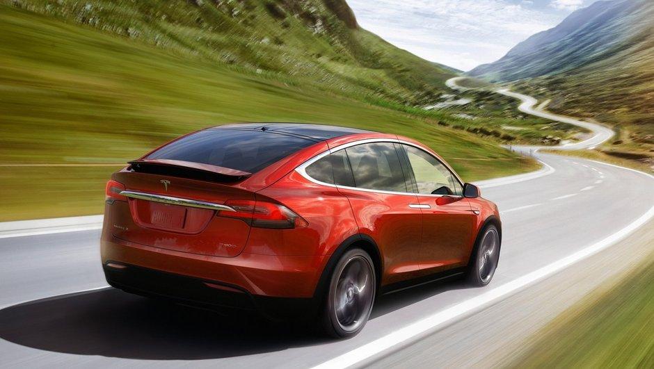 Insolite : sa Tesla Model X lui sauve la vie