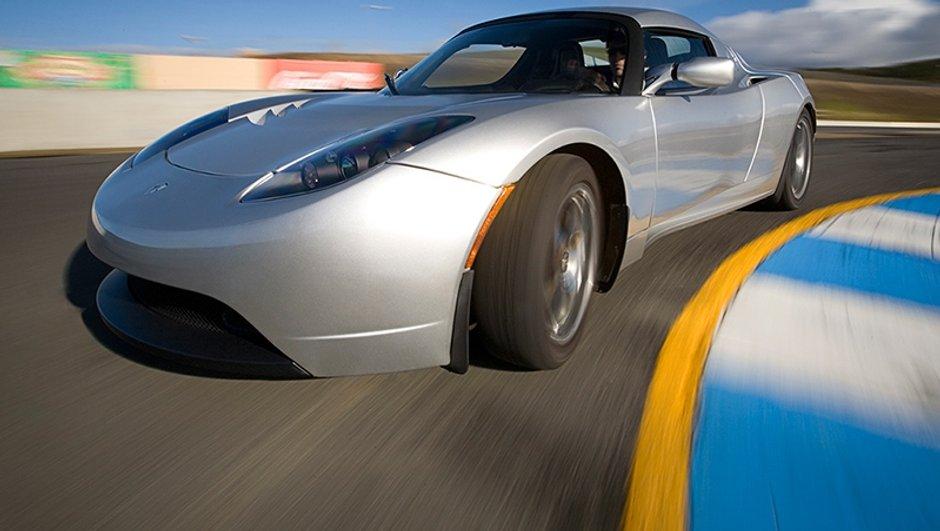 Le 1er Grand Prix 100% électrique à Levallois avec des Tesla Roadster