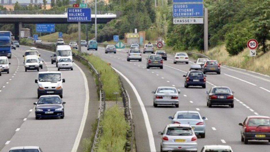 Les tarifs autoroutiers vont bien augmenter de 1% en 2016