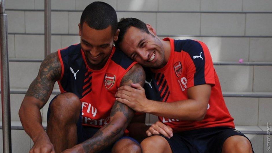 Mercato – Santi Cazorla et Theo Walcott prolongent à Arsenal