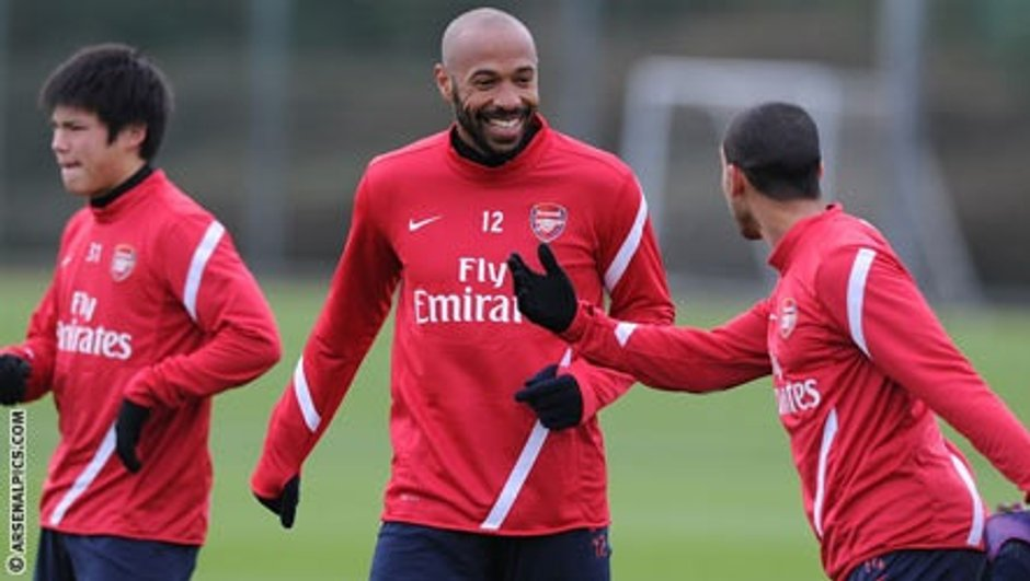 La photo du jour : Henry signe à Arsenal ! (officiel)