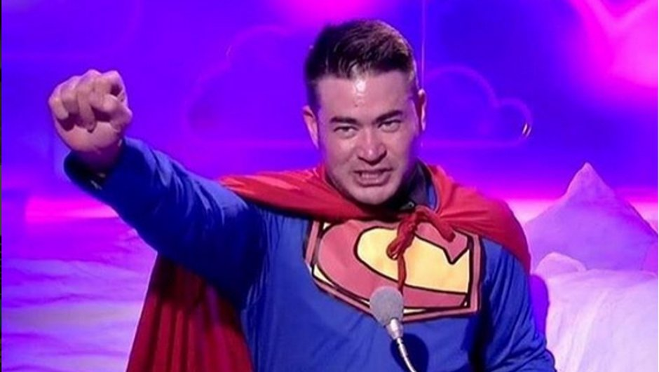 Secret Story 11 : Thomas Beatie, un vrai super héros ?