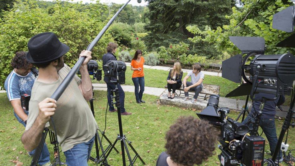 fans-tournage-mysteres-de-l-amour-saison-7-7443356