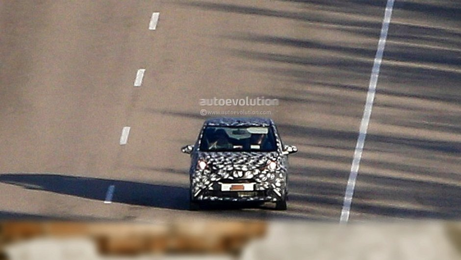 scoop-future-toyota-aygo-2014-tests-1821133
