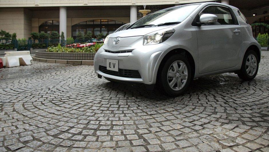 Salon de Genève 2011: La Toyota iQ passe à l'électrique