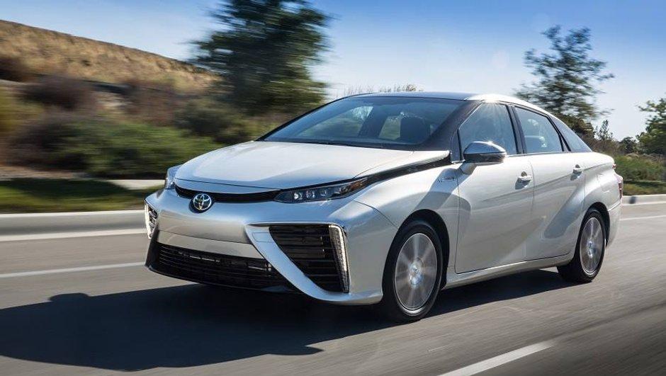 Toyota Mirai : la voiture à hydrogène en Europe. Où ? Et Combien ?