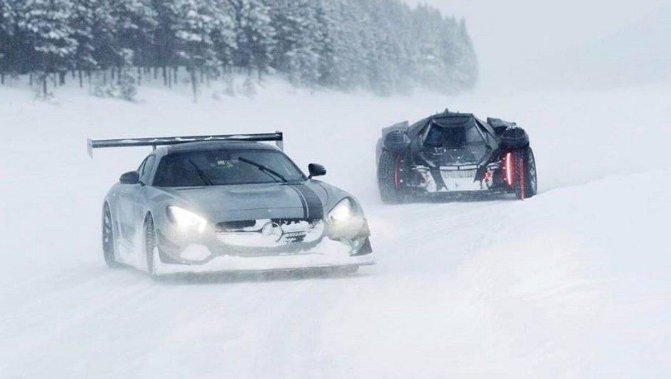 Mercedes AMG GT, Batmobile, Praga R1R : des supercars en classe de neige avec la Team Galag